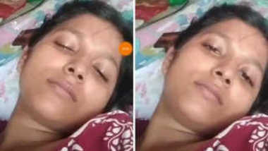 Indian wife flaunts her XXX snatch on camera for an online sex friend