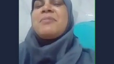 Desi aunty fingering