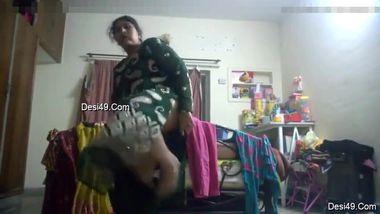 Tenant sets a hidden cam to spy on the naked Indian landlady