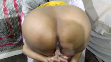 Desi young girl romance with young guy