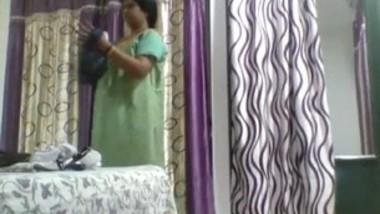 Desi telugu aunty dress changing hidden capture by her son mms clip