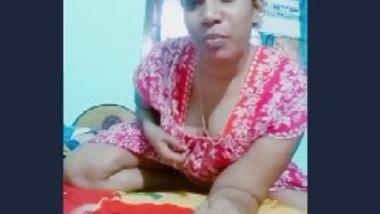 Desi aunty Tiktok video making
