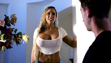 Horny stepson gets astonished by his stepmom Tegan James's huge boobs