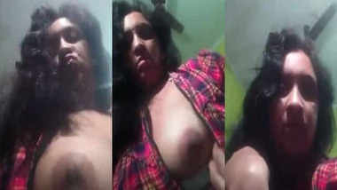 Naughty Bengali Boudi sexy big boobs show
