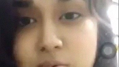 Desi college girl Maisha nude solo leaks