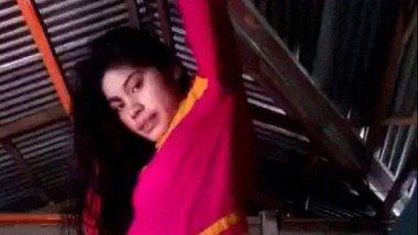 Bangladeshi village girl Pen masturbation video