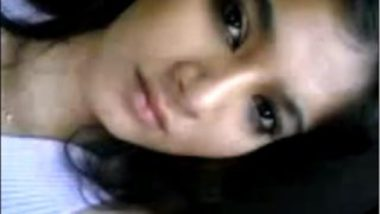 Desi horny girl making selfie during car sex