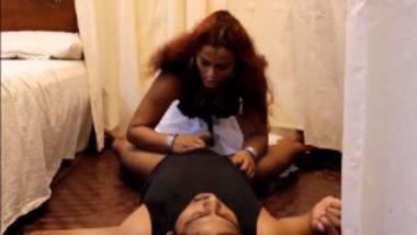 White saree tamil bhabhi sexy pussy sucking