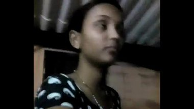 College Girl showing his boobs in selfi @ Leopard69Puma