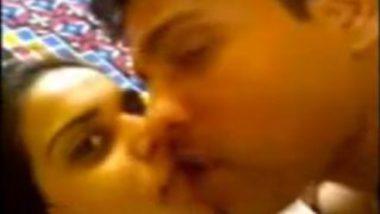Pune hot bhabhi amazing sex mms with lover