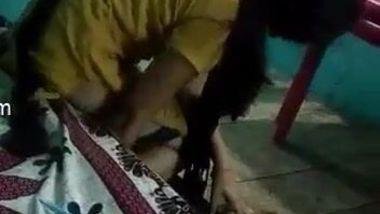 Guy films tiny Desi stepsister tries to get dressed in her bedroom