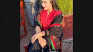 Beautiful Paki Girl Khadija Malik Leaked Videos Part 1