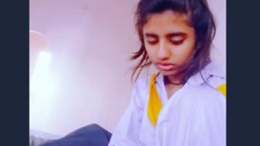 Paki beautiful school girl blowjob lover cock