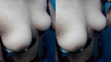 Wonderful Indian female takes XXX tits out of bra in sex chudai video