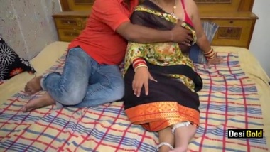 Tamil Housewife Having Sex With Husband's Friend