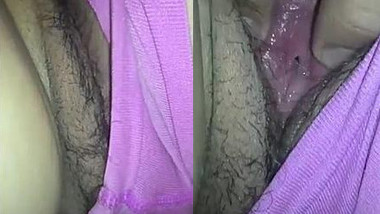 Desi buddy before sex shoves fingers into spouse's hairy XXX muff