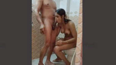 Bangladeshi Cpl Bathing and Fucking 4 Clips Part 4