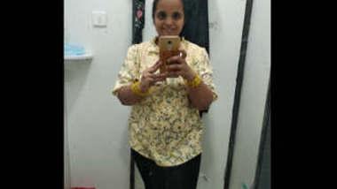 Indian Tamil Bhabhi mms vids part 4