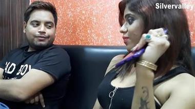 Kamuk chachi aur dad ke fuck ka choda chodi scandal