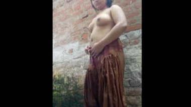 Indian Hot Babe Bath in village