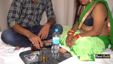 Tamil Randi Enjoy Sex With Drink At Farmhouse