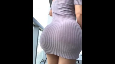 ASIAN TEEN GIRL BIG ASS AND LOVELY PUSSY