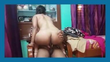 Hot Andhra Bhabhi Bouncing Big Ass On Hubby's Hard Cock