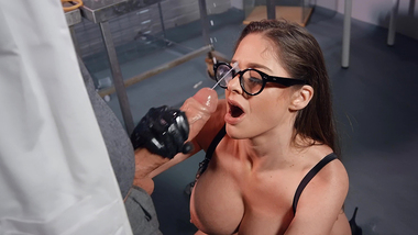 Solution becomes XXX reason for Cathy Heaven to practice anal sex