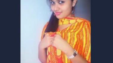 Indian Beautiful girl bath video making her bf