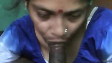 Pretty Desi girl carefully gags on partner's throbbing XXX pecker
