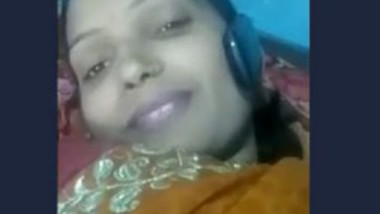Desi Bhabi on Video Call-1