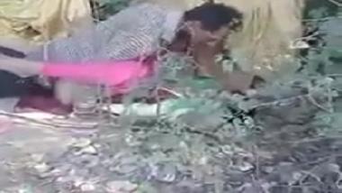 Bhopal desi prostitute fucked on roadside by truck driver