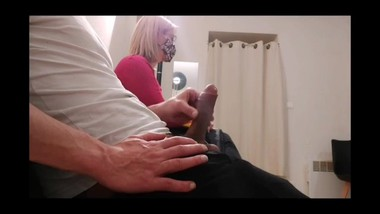 OMG I pull out my cock in the doctor's waiting room