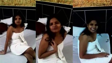 Indian girl doesn't want to flash XXX bodies for husband's amateur porn