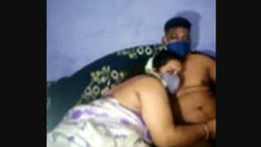 bubbly meena teacher in saree with young bf