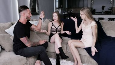 Naomi Blue intentionally provokes XXX bro to fool around in a taboo way