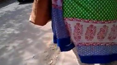 Bangla butt on street