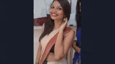 Desi Sexy hot girl mms part 1