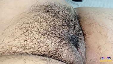 hairy armpits chubby indian desi wife shaving pussy