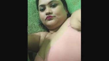 Pooja Mumbai Showing Pussy in Webcam